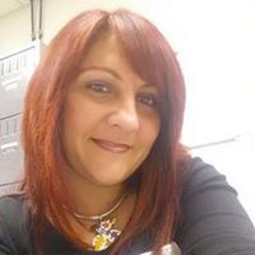 Mera Correa's avatar