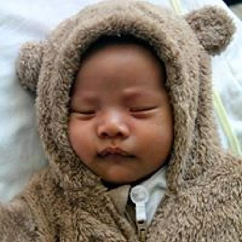 Bhinx ArGee-Magomnang's avatar
