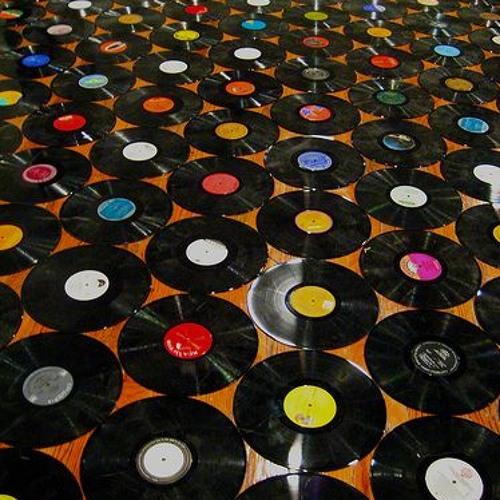 `30 Track Records's avatar