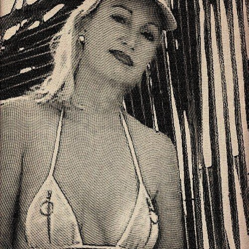 Liz Keywest's avatar