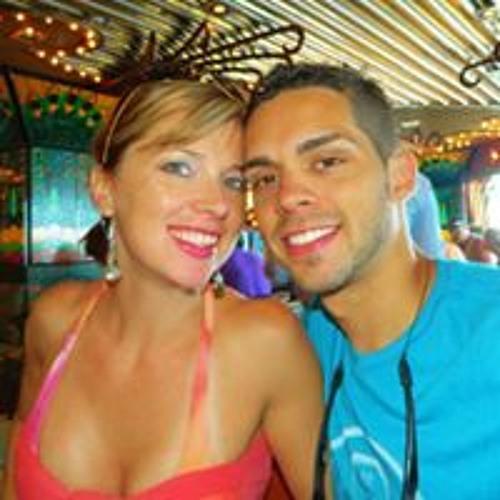 Tanya Diaz's avatar