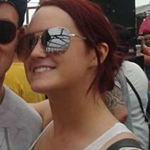 Cally Carter's avatar