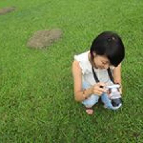 Miho Saito's avatar