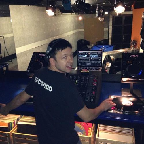 DJ Ombré's avatar