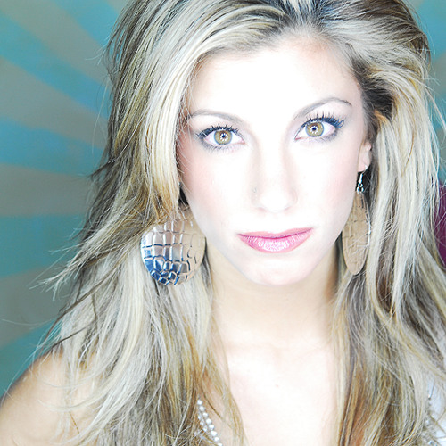Whitney Lynn Music's avatar