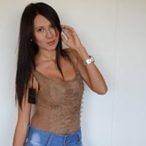 Melissa Cruz Ramirez's avatar