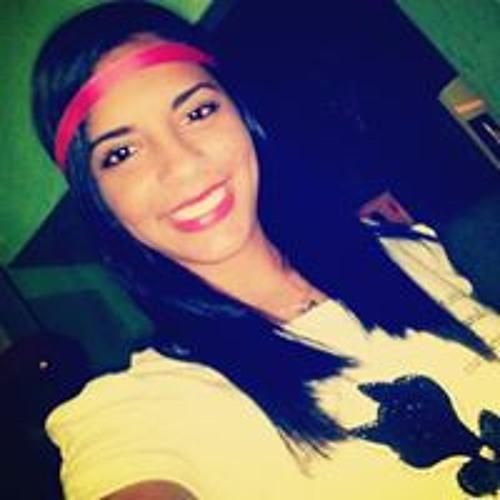Cibelle Pina's avatar