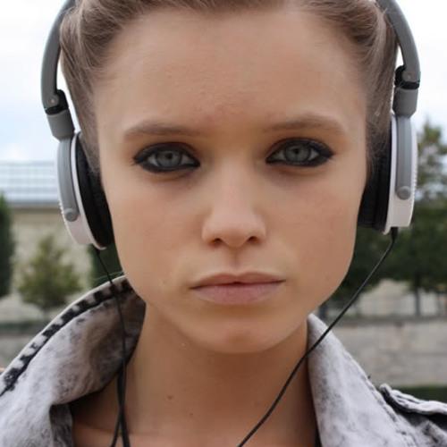 Amy Matic's avatar