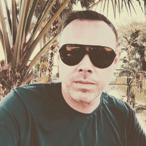 Oliver Macgregor's avatar