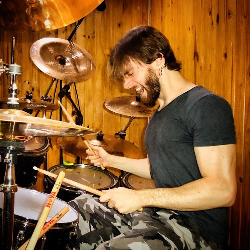 Jon Levischi's avatar
