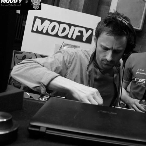 Digital Moverz's avatar