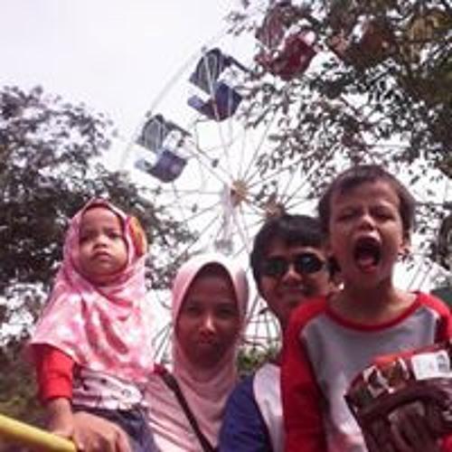 Siti Asyura Indah's avatar