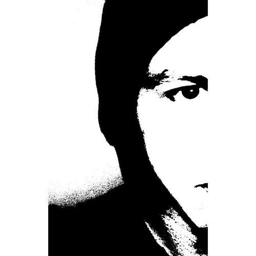 Emil Majewski's avatar