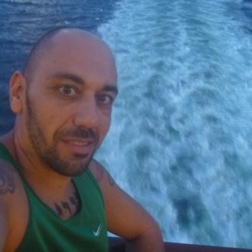 Daniel Gibin's avatar