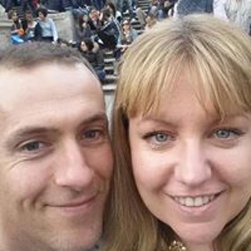 Clare Moreton's avatar