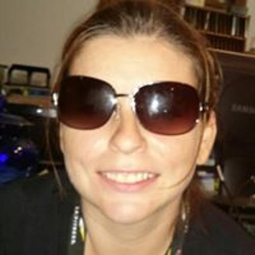 Tina Hurl-Priestley's avatar