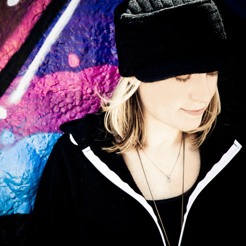 Kristina Sky's avatar