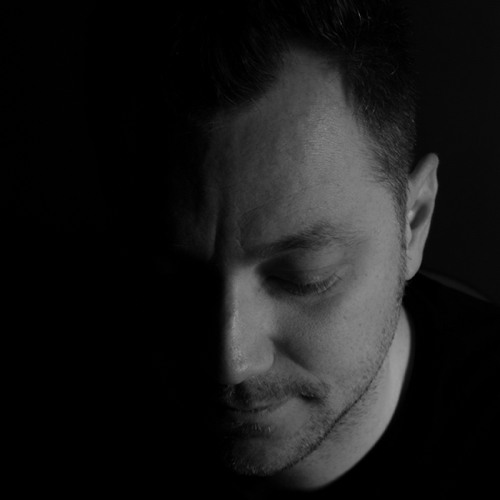 Pat Lezizmo's avatar