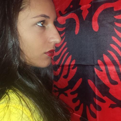 Iuliana Nicoleta's avatar