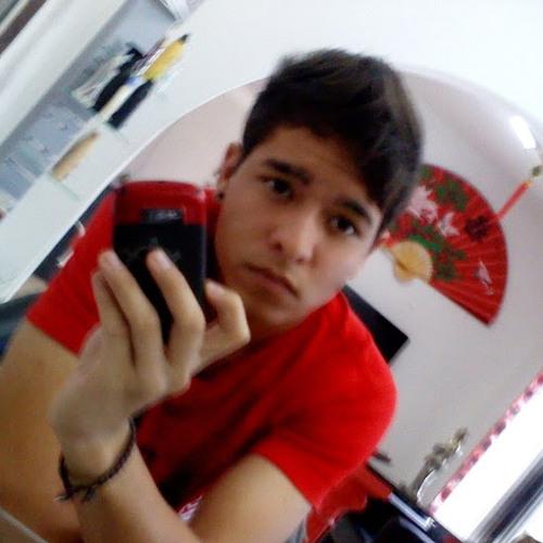 Andrew Henrique's avatar