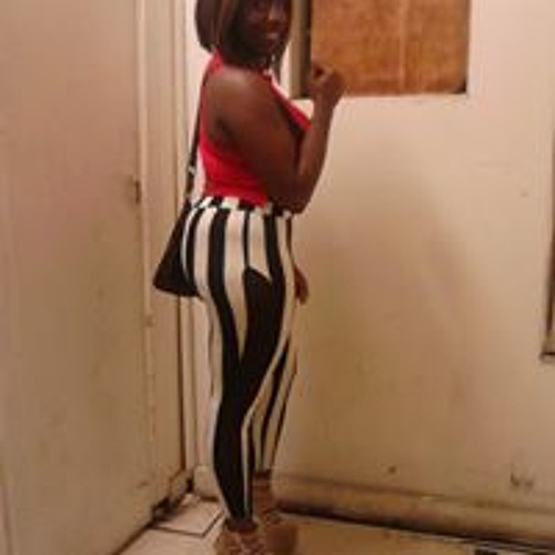 Ebony Pretty La'Shia's avatar