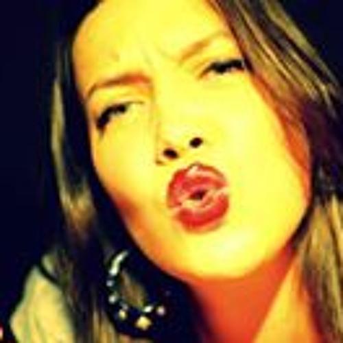 Yulia Vetrova's avatar