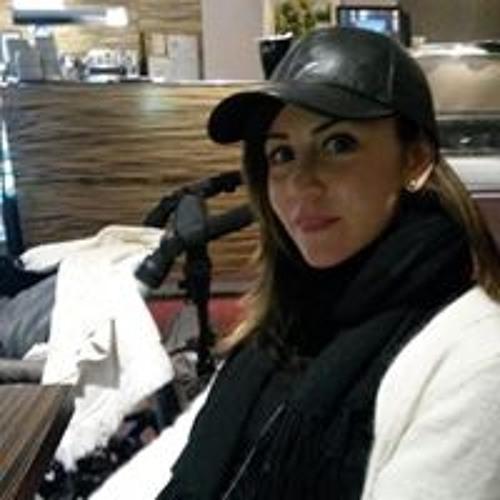 Julide Ozer's avatar