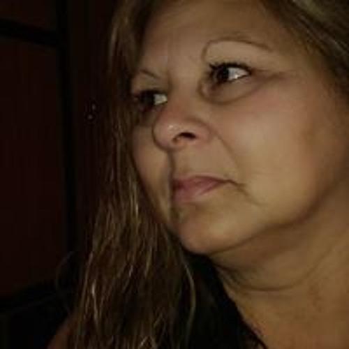 Ester Vasquez's avatar