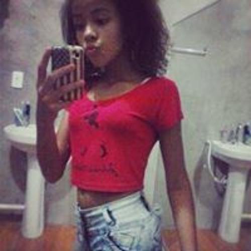 Larissa Santana's avatar