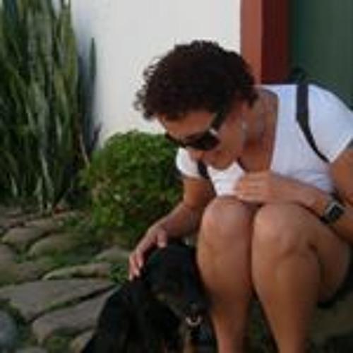 Maria Carmem Zamora's avatar