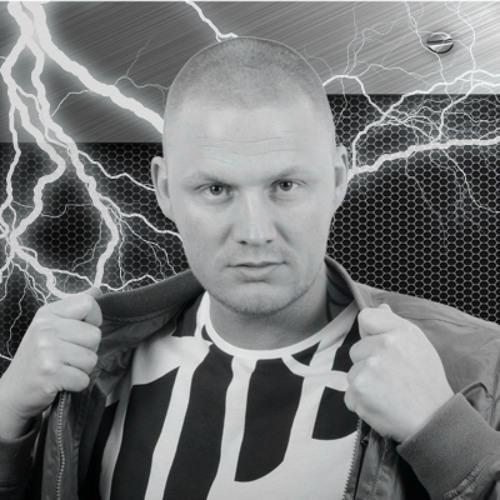 DJ LIVIE's avatar