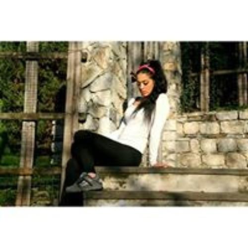 Alba Ceria's avatar