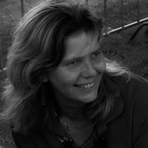 Ramonda van Kasteel's avatar