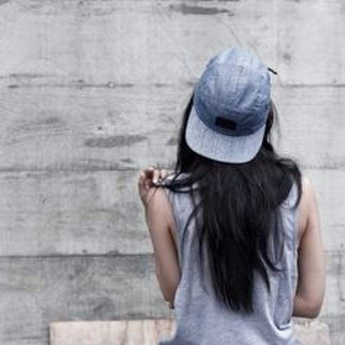 Myrna Santiago's avatar