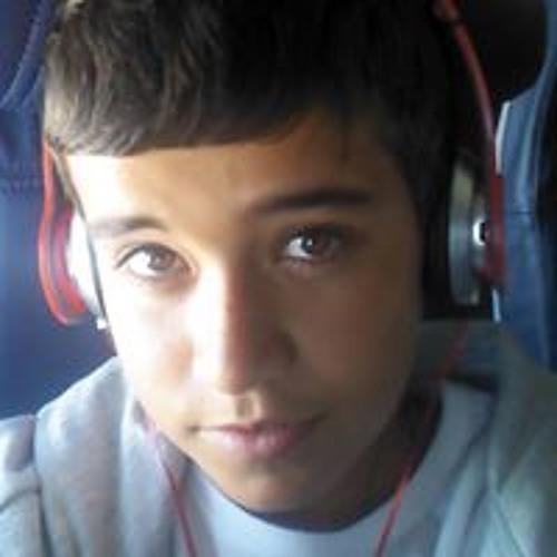 Caio Henrique's avatar