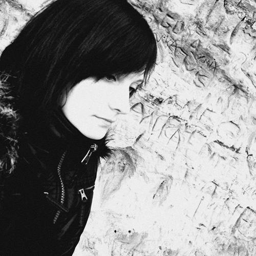 Lyane Lee's avatar