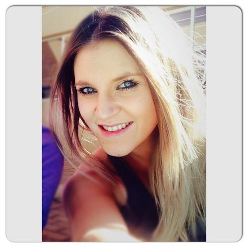 Kenndra Robertson's avatar