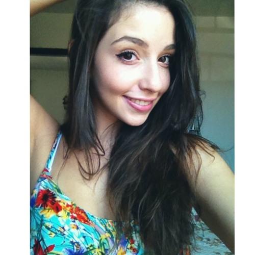 Larissa Laiana's avatar