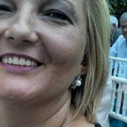 Marcia Rosangela's avatar