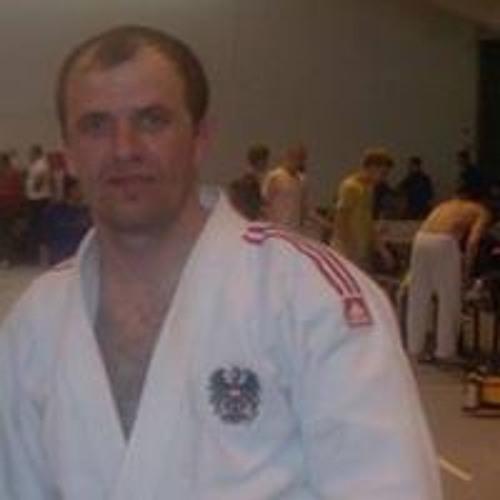 Ilyas Visitaev's avatar
