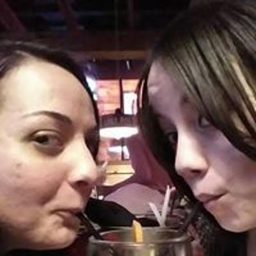 Brittany Snider's avatar