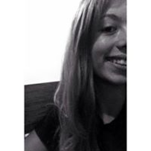 Carla Pereira's avatar