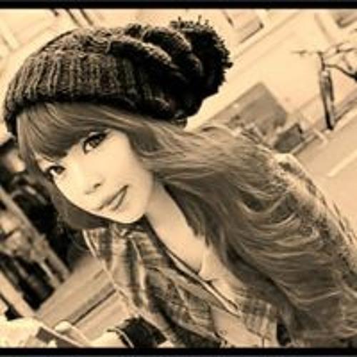 Mi Cha's avatar