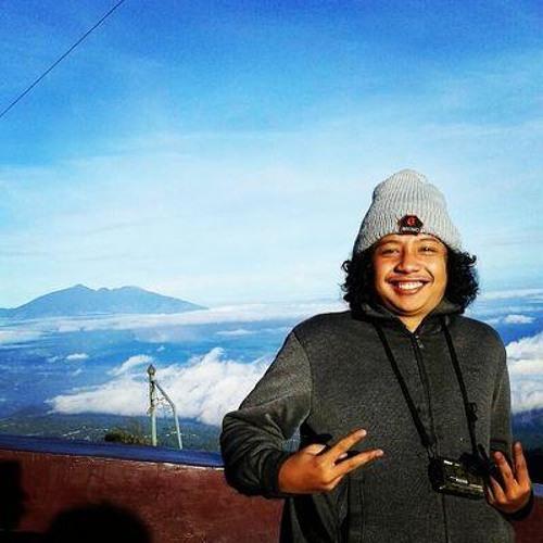 Gusman Manuel's avatar