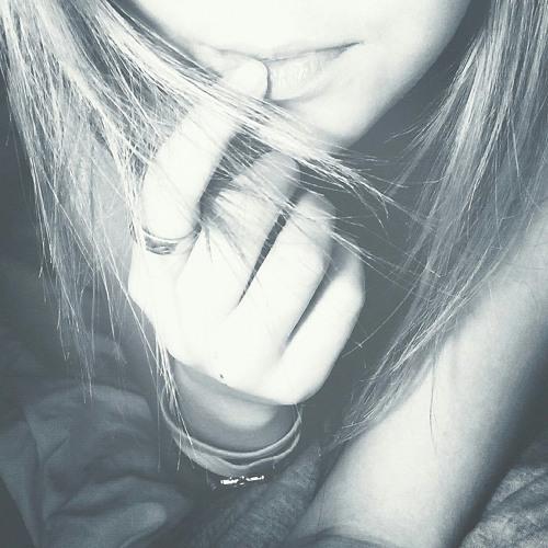 Evana Lhr's avatar