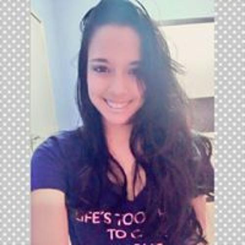 Darlly Vivi's avatar