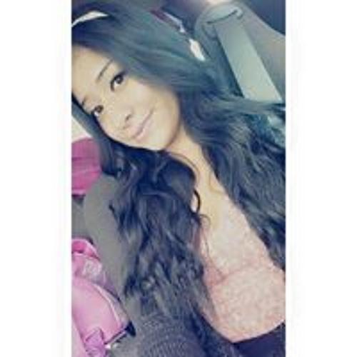 Crystal Pinon's avatar