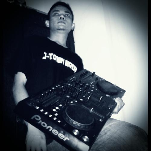 Deejay [f•z]'s avatar