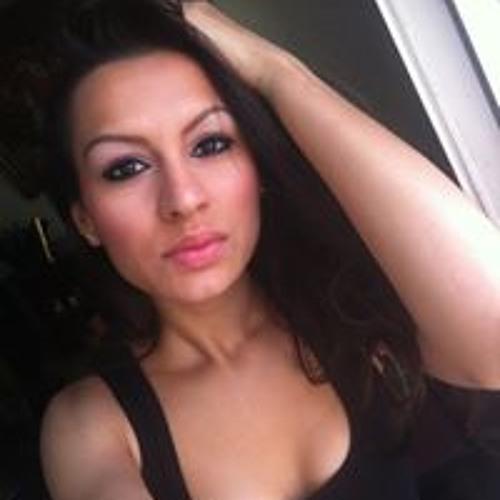 Emanuela Maria's avatar