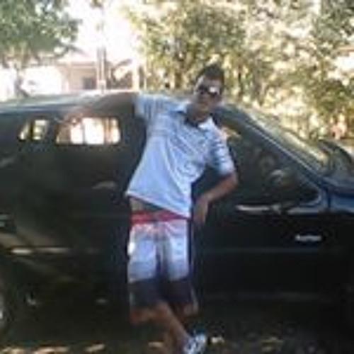 Léo Peçanha's avatar